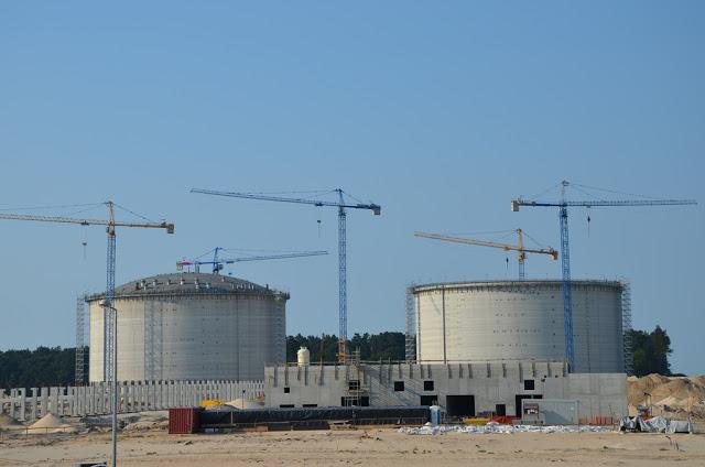 Co poza importem gazu może dać terminal LNG?