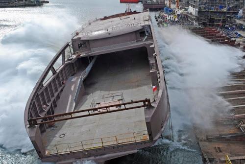 LNG na morzu. W Stoczni Remontowej zwodowano kolejny prom zasilany gazem ziemnym