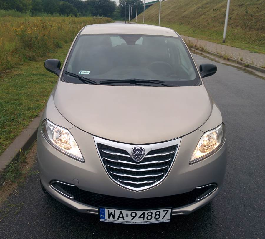 cng-lancia-ypsilon-ecochic-natural-power