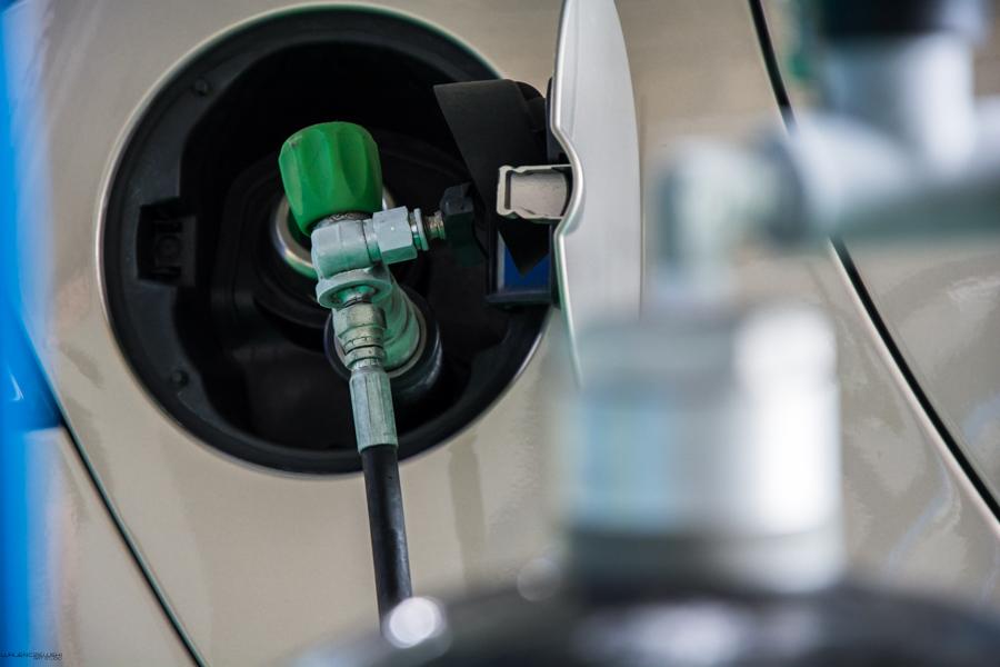 Prawo i Sprawiedliwość wspiera użytkowników ekologicznych pojazdów CNG i LNG